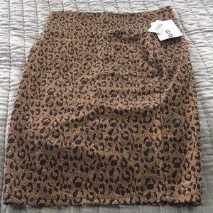New Lularoe Elegant Cassie Small Leopard
